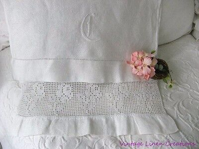 AnTiQuE EUROPEAN  LINEN & Filet ROSES LACE Embroidery MONOGRAM C Vintage TOWEL