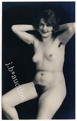 Austria NATURAL NUDE WOMAN HAIRY ARMPITS / AKTSTUDIE AKT * Vintage 30s Photo PC