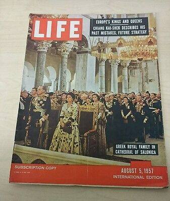 Vintage Life Magazine International Edition - August 5 1957 - Greek Royal Family