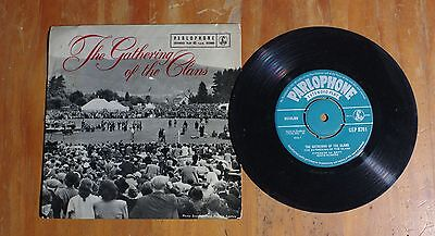 "'The Gathering of The Clans' PIPERS SCOTS GUARDS 7"" vinyl single EP GEP 8761"