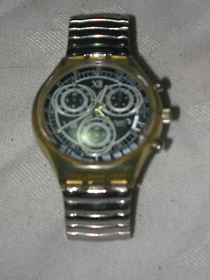 A Vintage Swatch 9003 Water Resistant 4 Jewel Chronograph Date Battery Watch