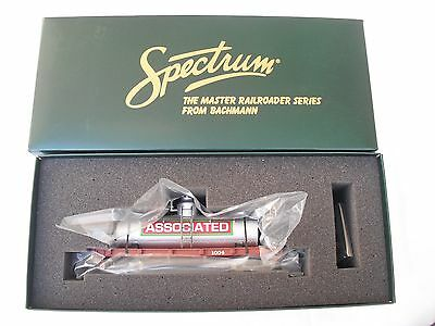 Spectrum 27148 Tank Tanker Freight Train Car, Associated 1004, On30 Scale