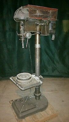 Original Walker Turner  20 in Drill Press 1 phase single, vintage, floor