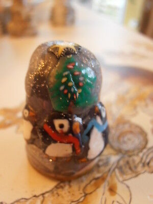 Collector's Handmade Thimble Penguins Round Xmas Tree With Certificate3.6cm High