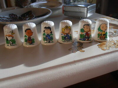 6 Thimbles Set of Charlie Brown & Snoopy Characters English Fine Bone China