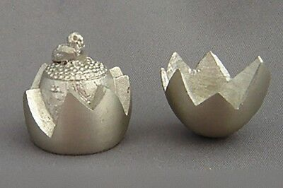 Pewter Thimble - Egg and Chick