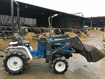 ford 1220 compact tractor loader tractor 4 wheel drive