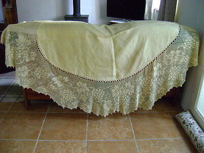 """LARGE OVAL LINEN AND HAND CROCHET LACE TABLECLOTH, GRAPES & VINE GOLD, 86"""" x 68"""""""