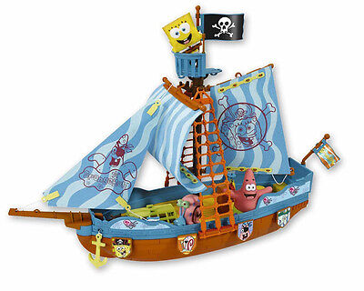 SPONGEBOB SQUARE PANTS PIRATE SHIP! 38X50cm inc 3 FIGURES! SQUIRTS WATER! AGE 3+