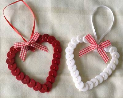 8 x Cute Button Hanging Heart Christmas Tree Decorations/Ornaments ~ Red & White