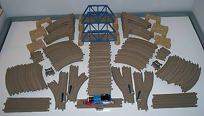 Trackmaster THOMAS Train TRACKS Bridges & Accessories Over 100 pieces HUGE Lot!