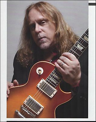 Warren Haynes with his Gibson Les Paul guitar 8 x 11 pin-up photo print