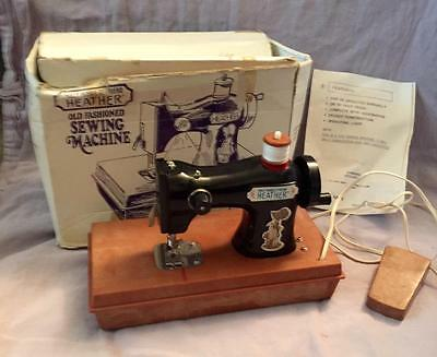 Holly Hobbie's Friend Heather Rare Old Fashioned Sewing Machine In Box Works Toy