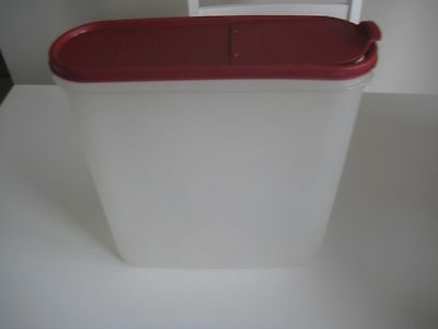 TUPPERWARE  Modular Mates SUPER  OVAL No.5 WITH POUR ALL CRANBERRY SEAL -USED