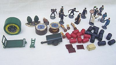 Vintage OO & HO Gauge Model Railway Scenery - People Scenery Accessories