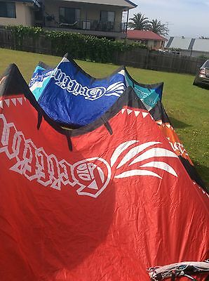 kitesurfing kite Griffin 9m 2 Years Old With Bar And Lines No Damage Plenty Use
