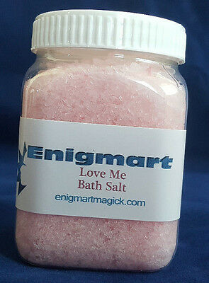 Love Me Magickal Bath Salts 200ml - Bathe in the Love Me Magicks