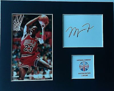 Limited Edition Michael Jordan Signed Mount Display BASKETBALL CHICAGO BULLS
