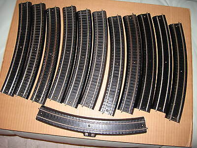 Lionel OO two rail curved track 11 pieces  (part # 0031) & 1 piece (part # 0034)
