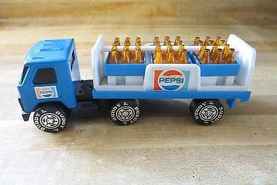 Buddy L pepsi semi delivery route truck with cases of pepsi plastic bottles
