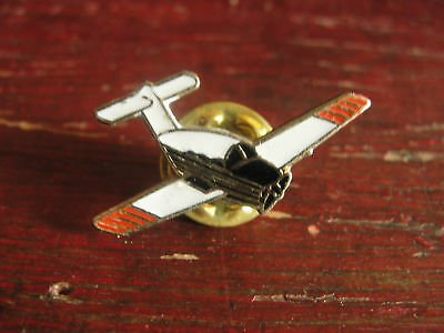 White Airplane Recreational Flying Aviation Lapel Pin