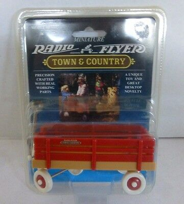 "Radio Flyer Town & Country Wagon  Model #2 Working Parts Miniature 4"" Doll House"