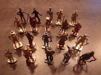 lot 1  de 20 figurines kinder en metal