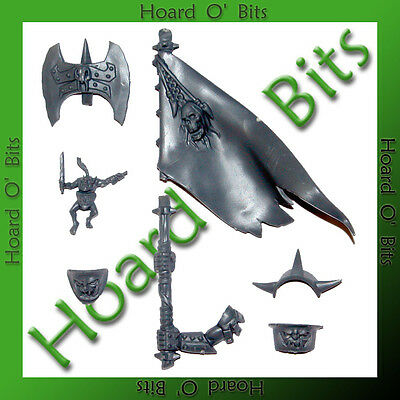 WARHAMMER BIN BITS ORC WARBOSS - BANNER and SHOULDER ARMOR