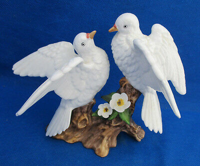 Towle Bone China Figurine LOVE BIRDS Peace Doves Delicate Flowers Signed Gift