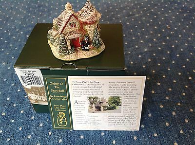 2002 Going To The Snow Ball Snow Cottage  Lilliput Lane  with deeds