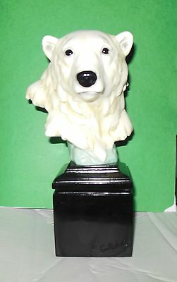 Sea World Polar Bear Head Figuine Resin w/Sea World Logo on Base