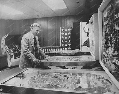Bally Factory Showroom Arcade Games Vintage 8x10 Reprint Of Old Photo