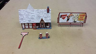 Built Ready to Use: Blair Line S Scale Ernie's Gas Station Laser Cut Kit 1/64