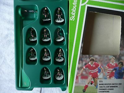 Subbuteo L/W - Manchester United 2nd Team - Boxed Set