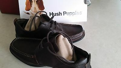 Hush Puppies Oxford Brown Leather.. Men's Size 9.0. New in box!