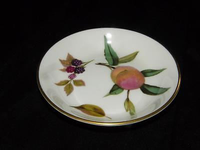 ROYAL WORCESTER ROUND PIN TRAY ~ Arden Pattern