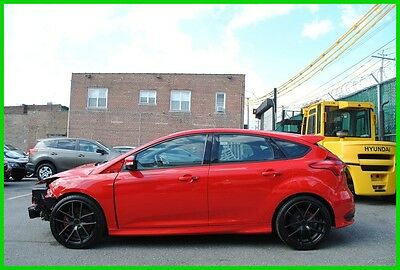 2015 Ford Focus ST 2.0 TURBO MOONROOF Repairable Rebuildable Salvage Wrecked Runs Drives EZ Project Needs Fix Save Big