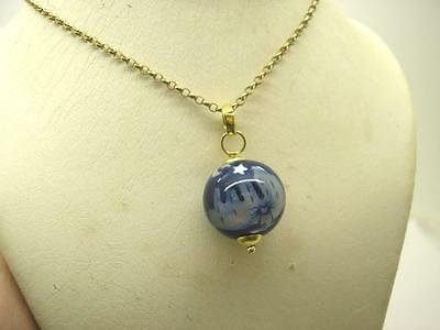 Vintage 18ct Gold Mounted Cat Globe Pendant & 9ct Gold Chain