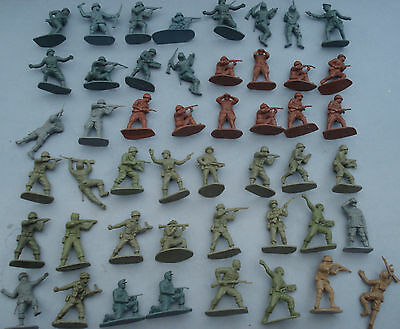 48 Vintage Airfix Ww2 Assorted Soldiers 1/32 Scale