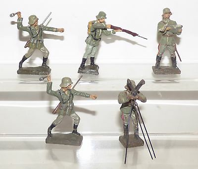 CB04 - Lineol and A N Other maker. Composition German troops