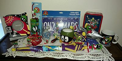 MARVIN the MARTIAN Lot x 15 License Plate, Cups, Pic Frame, Clock, Key Chain