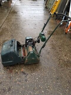 ATCO Commodore Cylinder Mower SELF PROPELLED with grass box