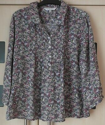 East Pink floral Print Popover Shirt Top Size 14. 3/4 Sleeves.  Good Condition