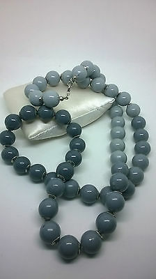 Vintage Jewellery Stunning Graduating Grey Bead Necklace Silver Tone Spacers