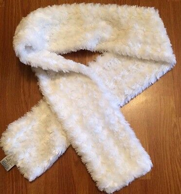 Beautiful White Faux Fur Girl's Scarf