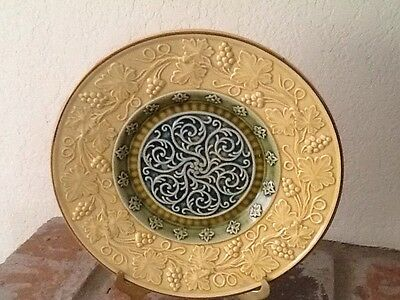 Excellent Vintage Majolica Plate Germany Scrolls W/Leaves & Clusters Of Grapes