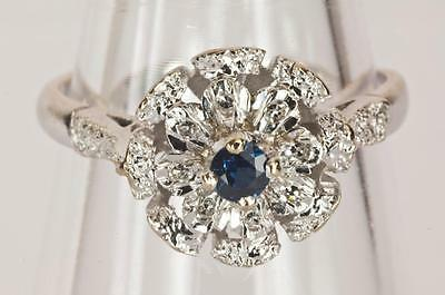 A VINTAGE SOLID 18ct WHITE GOLD DIAMOND & SAPPHIRE CLUSTER RING SIZE N (US 6.75)
