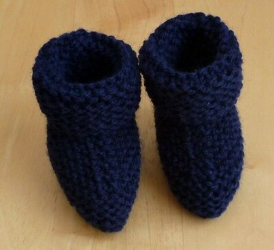 NEW HAND KNITTED BABY BOOTIES    0/3 months     Navy