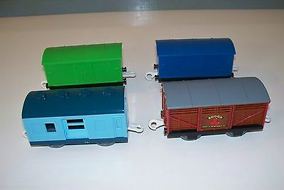 TRACKMASTER Thomas Train LOT OF 4 Covered FREIGHT CARS