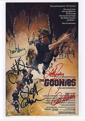 SIGNED THE GOONIES  MOVIE/ CINEMA POSTER PRINT 12x8